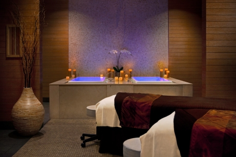 Trump-Chicago-Spa-Couples-Room