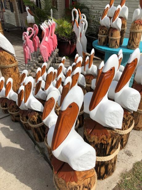 pelicanspitx